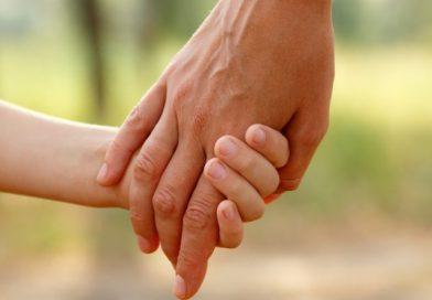 Lanzan convocatoria para adoptar a 4 hermanitos