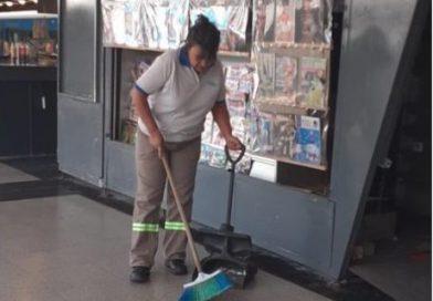 Una diputada nacional terminó su mandato y volvió a su trabajo como empleada de limpieza