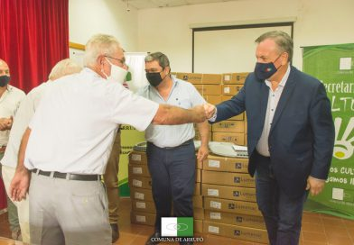 En Arrufó y San Cristóbal se entregaron luminarias led y aportes a instituciones de bien común