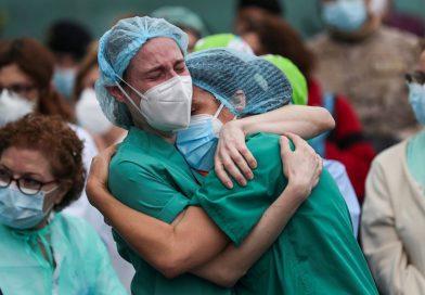 Senadores radicales solicitan que se abone la asignación estímulo al personal de salud afectado a la pandemia