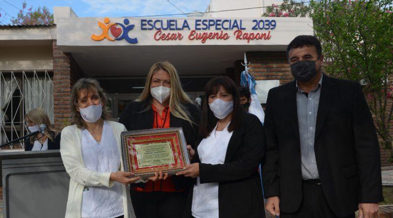Con un sentido acto se celebró la imposición de nombre «Cesar Eugenio Raponi» a la Escuela Especial